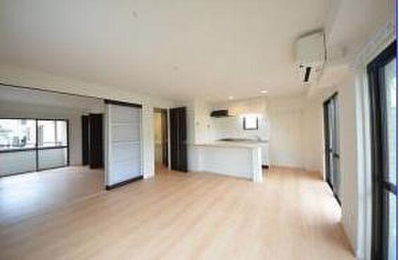 マンション(建物全部)-八王子市松木 101のお部屋になります。