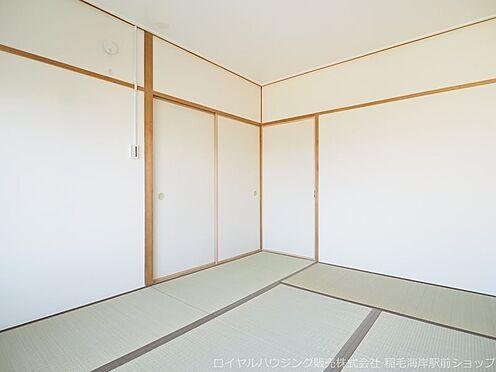 区分マンション-千葉市美浜区稲毛海岸3丁目 北側洋室ですが明るいお部屋です!