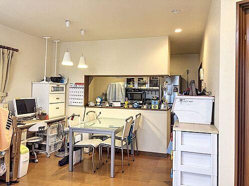 中古一戸建て-岡崎市上地2丁目 料理をしながらリビングがしっかり見渡せる対面キッチン