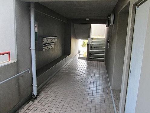 マンション(建物一部)-神戸市垂水区西舞子6丁目 エントランスも綺麗に清掃されています。