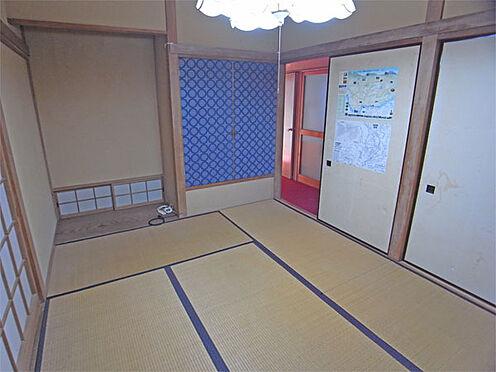 中古一戸建て-伊東市八幡野 ≪1階東側和室≫ 6帖のきれいなお部屋です