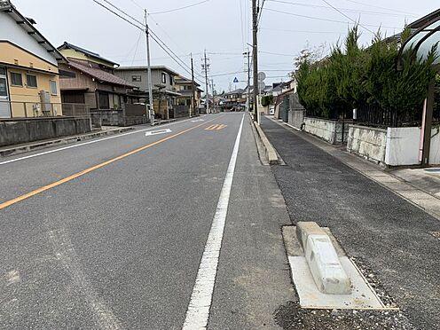新築一戸建て-豊田市高美町6丁目 こちらは前面道路です。 交通量も少なく、子育ても安心です。