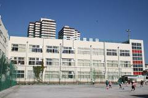 アパート-荒川区荒川1丁目 荒川区立第六瑞光小学校  徒歩1分 160m