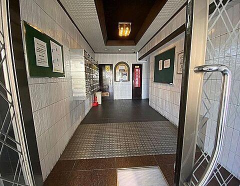 マンション(建物一部)-京都市伏見区深草下川原町 落ち着いた印象のエントランス