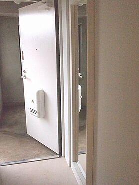 中古マンション-横浜市瀬谷区三ツ境 玄関、姿見付き