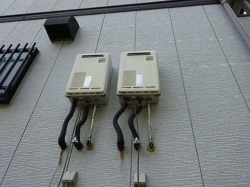 アパート-宇都宮市山本3丁目 壁掛けの給湯器。