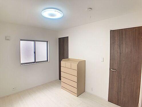 中古一戸建て-豊田市前林町隅田 各居室に収納有り!2面採光で明るいお部屋です。
