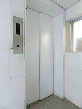 中古マンション-世田谷区代田4丁目 9人乗エレベーターです。