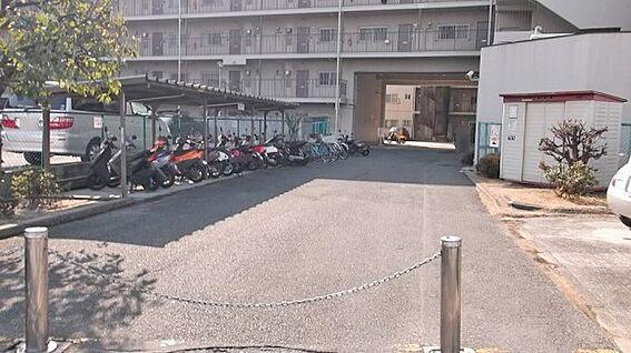 マンション(建物一部)-京都市南区久世上久世町 自転車・バイク置場完備です