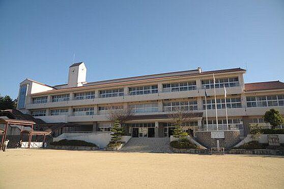 中古一戸建て-豊田市深見町鳥目 飯野小学校まで徒歩約27分です!(約2086m)