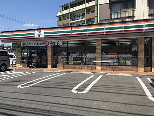 中古マンション-福岡市南区横手4丁目 セブンイレブン福岡三宅3丁目店まで約629m