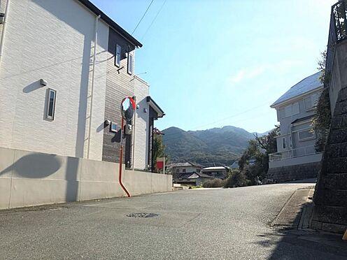 中古一戸建て-福岡市早良区野芥5丁目 前面道路南側です。