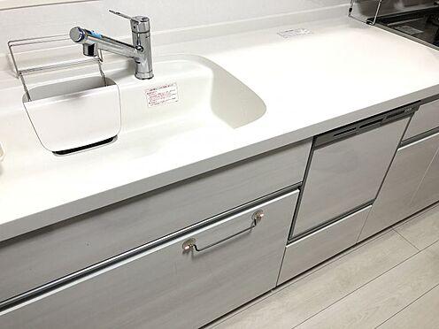中古一戸建て-名古屋市中村区沖田町 食器洗乾燥機付きで家族の食器もピカピカ。後片付けもラクラクこなせて、日々の生活には欠かせない便利設備。環境にもママの手にも優しいのがうれしいですね。
