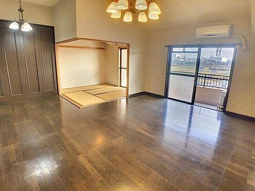 区分マンション-豊田市下市場町8丁目 広々16.6帖のLDKの間取りは、家族が増えても住み続けられるお家です!