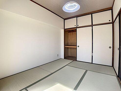 中古マンション-豊田市下林町3丁目 和室にも収納があるのでお布団もしまっていただけます。