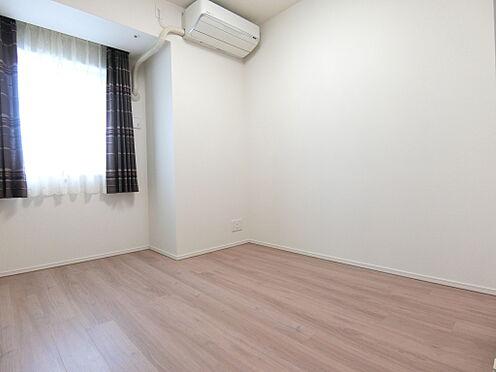 区分マンション-神戸市中央区東川崎町1丁目 洋室(約5.6帖)