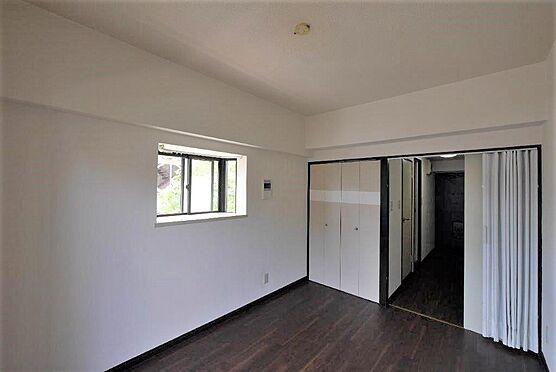 マンション(建物一部)-北九州市八幡西区陣原2丁目 2面採光の明るいお部屋です。