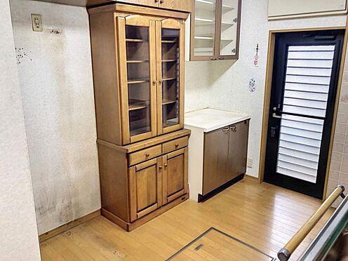 中古一戸建て-豊田市志賀町下番戸 キッチンが広く設計されてるので、食器棚等を置いても人が行き来するスペースが十分にあります!