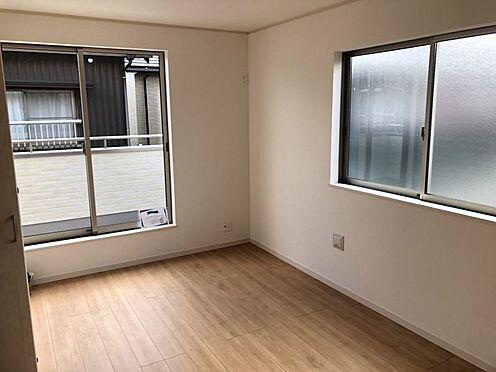 新築一戸建て-みよし市三好町荒池 洋室は約6.06帖、約5.25帖、約6帖、約6.5帖の3部屋ございます。(こちらは施工事例です)