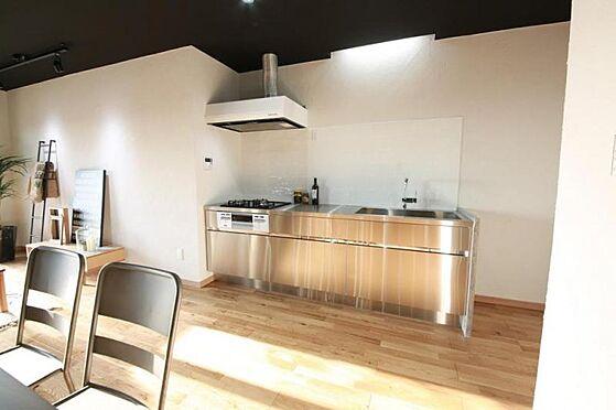 戸建賃貸-名古屋市南区堤起町2丁目 <キッチン施工例>お好みのテイストでお洒落なキッチンを作りませんか。工事費別途80〜100万円
