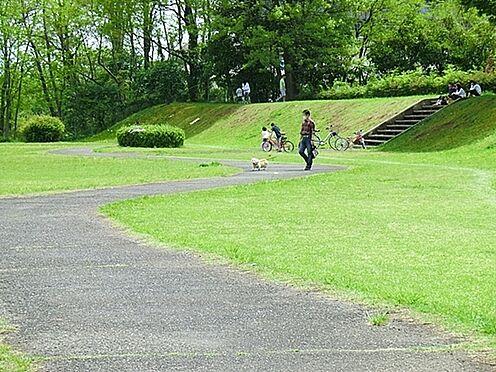 区分マンション-八王子市四谷町 諏訪浅川公園まで640m