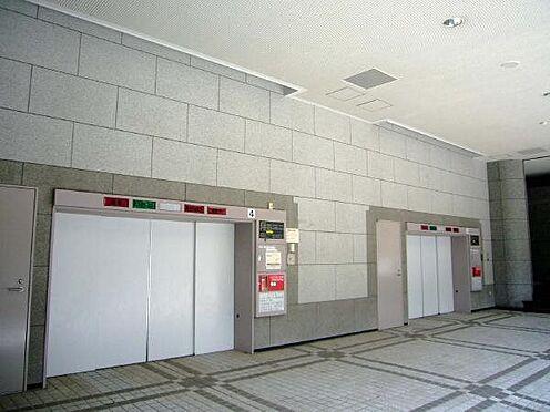 リゾートマンション-熱海市伊豆山 月極駐車場の空きはその都度ご確認致します。(月額)10,000円、日貸しあり。