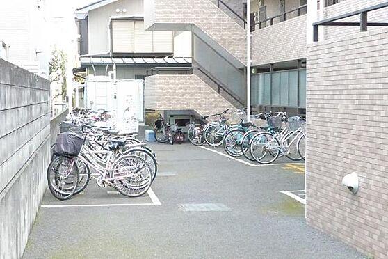 マンション(建物一部)-大和市西鶴間1丁目 広い駐輪場・バイク置場があり便利です。