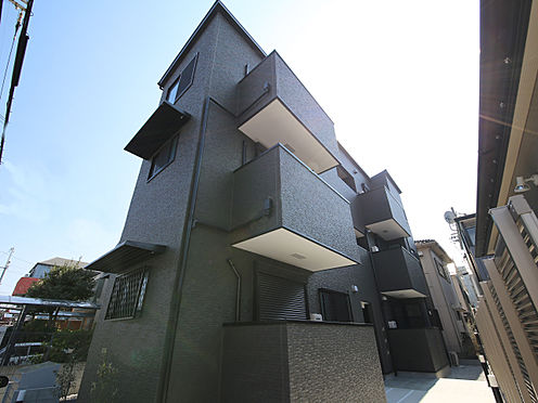 アパート-東大阪市小若江1丁目 モダンな外観のデザイナーズハイツ。駐輪場、メールボックス、宅配ボックス完備。