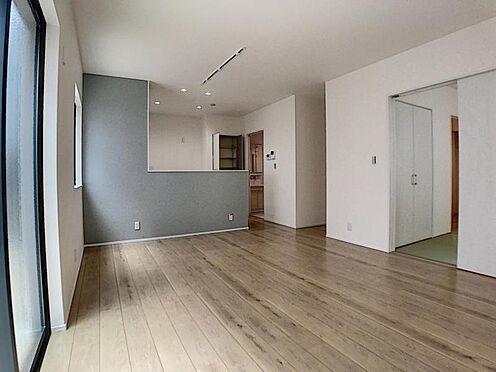 戸建賃貸-一宮市貴船1丁目 家族団らんできるくつろぎスペース。