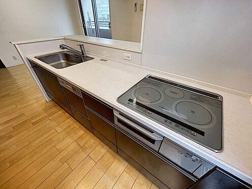 区分マンション-豊田市寿町3丁目 お洒落なIHクッキングヒーターでお料理♪調理後のお手入れもサッと拭くだけで楽々◎清潔感のあるキッチンが保てます!
