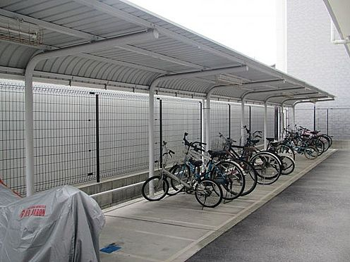 マンション(建物一部)-大阪市福島区海老江1丁目 自転車やバイクを置けます。
