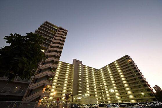 区分マンション-大阪市旭区高殿2丁目 外観写真 2WAYアクセス・北東角部屋・各居室収納
