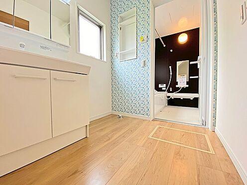 新築一戸建て-日野市西平山2丁目 浴室にも十分な広さが確保されています。