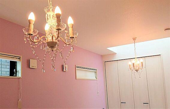 中古一戸建て-岡崎市鴨田町字広元 それぞれの部屋が独立しているので家族間のプライベートも守られます。