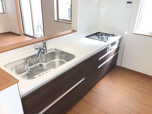 新築一戸建て-みよし市三好町荒池 床下収納もついている、お洒落なキッチンです。(こちらは施工事例です)