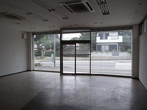 店舗付住宅(建物全部)-市原市能満 1階店舗入居前、現在賃貸中。