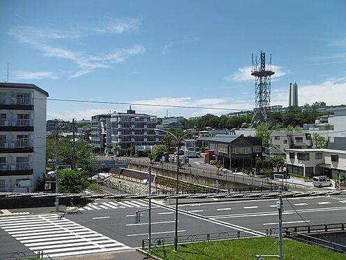 中古マンション-多摩市永山1丁目 西側眺望。4階部分ですので、高すぎず、安心感があります。
