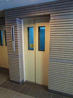 マンション(建物一部)-神戸市中央区東雲通1丁目 エレベーターは2基あるから忙しい時間帯も安心