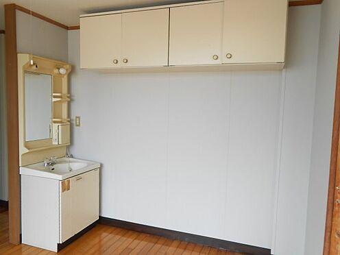 アパート-鹿屋市西原1丁目 独立洗面台で身支度をすべて済ませてしまいましょう