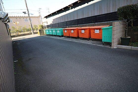 区分マンション-八王子市越野 敷地内ゴミ置き場