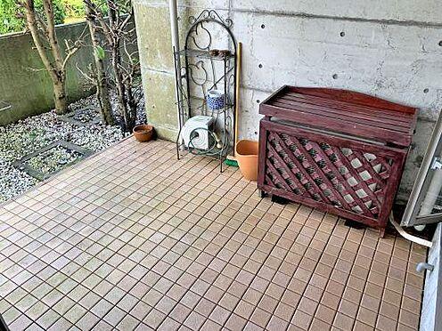 中古マンション-伊東市富戸 ≪テラス≫ 洗濯物などはこちらで。
