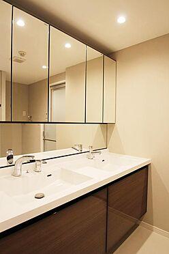 区分マンション-文京区白山2丁目 2ボウルタイプの洗面化粧台です。