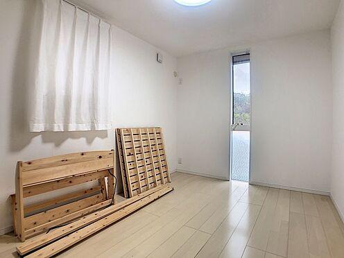 中古一戸建て-岡崎市真伝吉祥2丁目 洋室は3部屋ございます。一人一人のお部屋を確保できますね♪