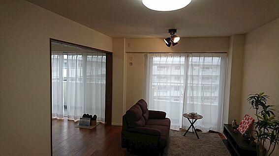 中古マンション-越谷市大字大里 ※配置されている家具はディスプレイ用です