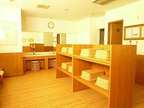 中古マンション-伊東市富戸 脱衣コーナーも清潔感がございます。