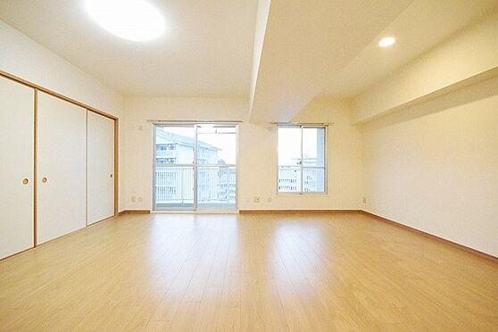 中古マンション-八王子市別所1丁目 居間
