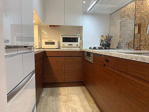 区分マンション-中央区湊3丁目 CUCINA製オーダーメイドキッチン。