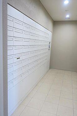 マンション(建物一部)-横浜市中区寿町1丁目 メールボックスには宅配ボックスも付いてます