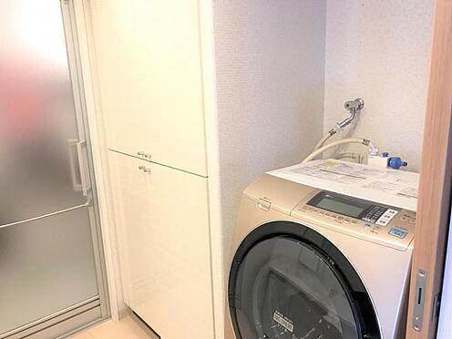 中古マンション-名古屋市守山区八反 洗面所にも収納スペースがございます。