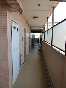 マンション(建物一部)-狛江市東和泉1丁目 綺麗にお掃除されている印象を受けました